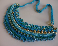 Maxi colar croch�  azul turquesa