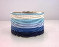 Bracelete em couro ecol�gico e fios