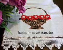 pano de copa cesta e flores de fita