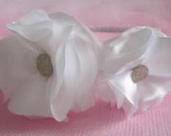 Tiara Branca Flores Cetim Daminha