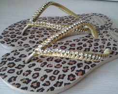 CHINELO HAVAIANAS CUSTOMIZADO ON�A