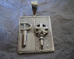 Medalha Ogum e Oxum, em prata fina