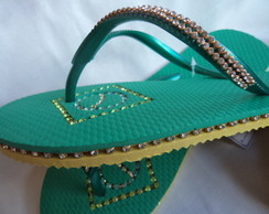 Chinelo com strass Top