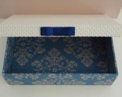 Caixa forrada de tecido m�dia