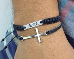 Kit pulseiras masculina crucifixo e F�