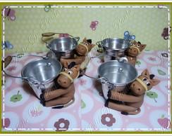 baldinho decorado em biscuit