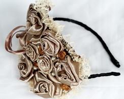 Tiara Flores de Cetim Nude
