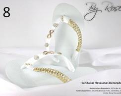 Sand�lia havaiana bordada e customizada