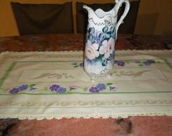 Caminho de mesa marfim adamascado