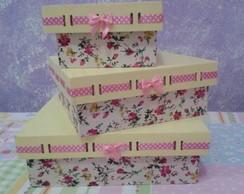 Trio de caixas em MDF decoradas