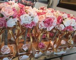 Topiara Proven�al Com 12 Rosas multi-cor