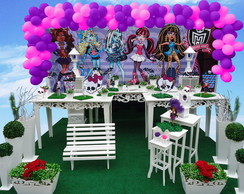 "Mesa Proven�al ""Monster High"""