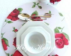Sousplat com capa em tecido rosas