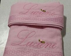 Jogo de toalha bordada somente o nome
