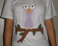 Camiseta com aplica��o corujinha