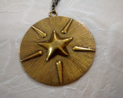 Colar medalha