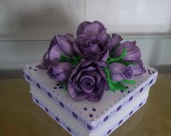 Caixa Decorada com Flores em Eva