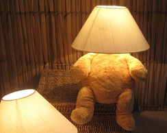 Abajur Infantil De Urso esconde-esconde