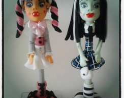 Caneta decorada em biscuit MONSTER HIGH