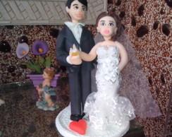 casal de noivinhos de biscuit