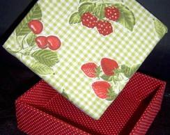 Caixa frutas vermelhas