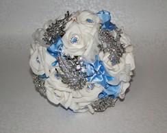 Bouquet De Broches E Flores Azul Noivas