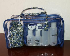 Necessaire Kit com 4 pe�as.