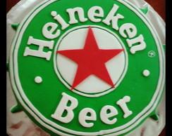 Bolo Decorado com Pasta Americada Heinek