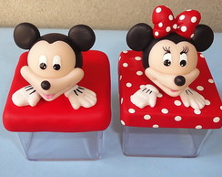 Mickey e Minnie em biscuit