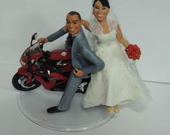 Topo de bolo noivinhos na moto