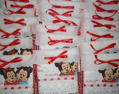 Toalha para lembrancinha Minnie e Mickey