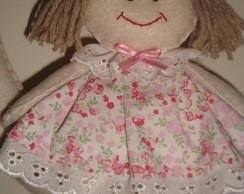Bonequinha em feltro com vestido tecido