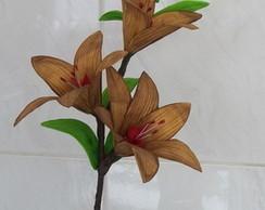 Arranjo de Flores - L�rios