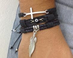 Kit pulseiras com pena olho grego e cruz
