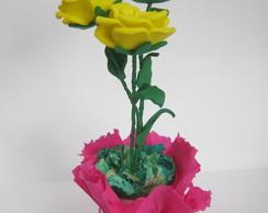 vasinho com 3 rosas