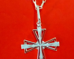 Colar Cruz reticulada em Prata Pura