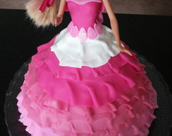 Bolo boneca - Barbie / Monster High