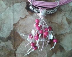 Colar rosa com a�ai e madrep�rolas