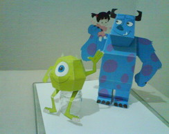 Kit Paper Toy 3D Monstros S.A.