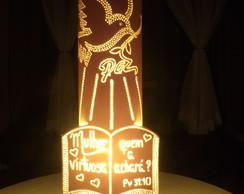 Lumin�ria pomba