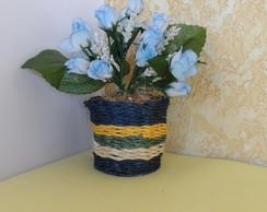 Arranjo Floral em Vaso de Sisal