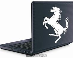 Adesivos de notebook cavalo da ferrari