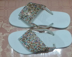 CHINELOS CUSTOMIZADOS COM STRASS