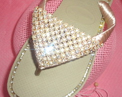 Chinelo Bordado Perola com Strass