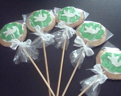 Pirulitos de biscoito de canela batizado