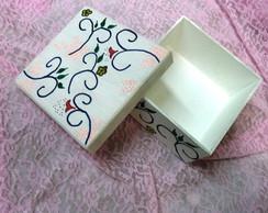 Caixa Quadrada em MDF Pintada