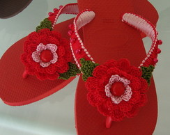 chinelo decorado com croch�
