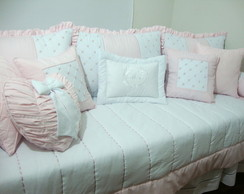 Kit cama de bab� bordado rosa 01