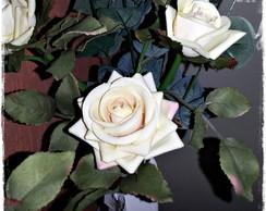 ARRANJO DE ROSAS BEGE (M�dio)