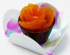 Copinho de chocolate trufado com damasco